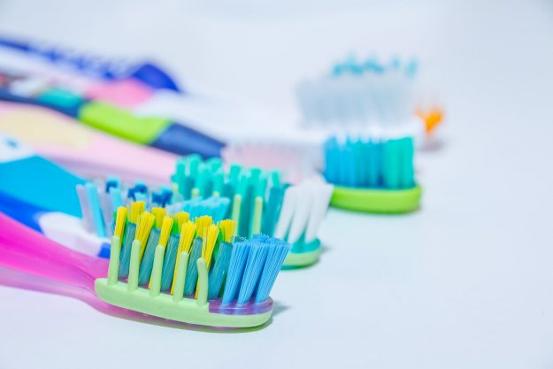 toothbrushes-625x417